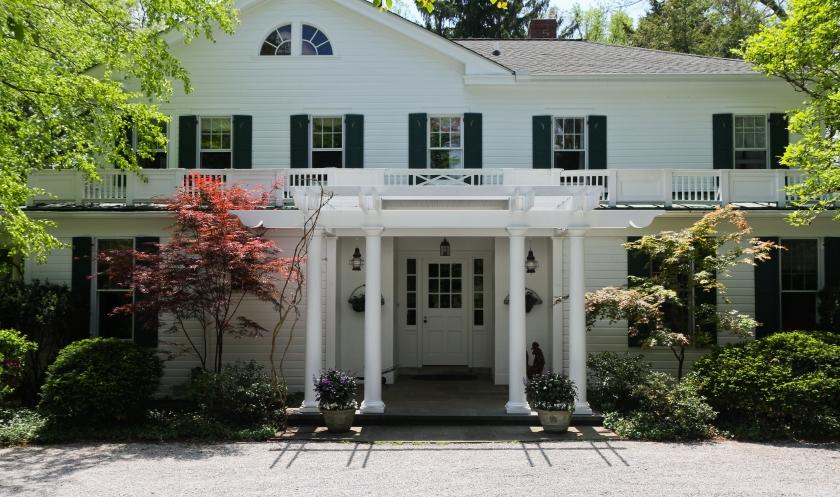 house_exterior_full_alt-1